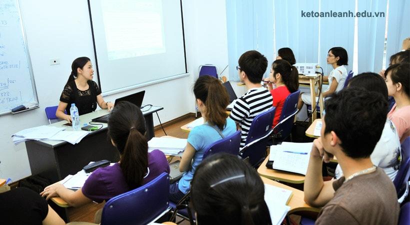 đào tạo kế toán thực hành ở đâu uy tín