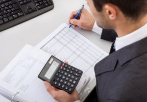 Cách xử lý khi điều chỉnh giảm doanh thu do quyết toán công trình xây dựng