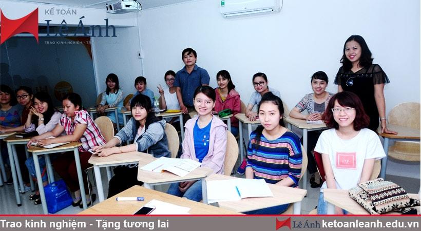 trung tâm dạy kế toán thực hành ở tpHCM